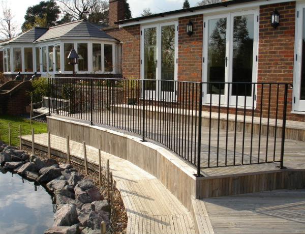 curved railings
